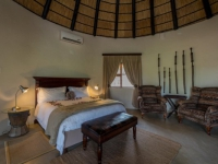 Simbavati Machaton Private Camp Bedroom