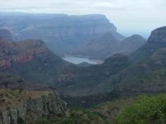 sightseeing-canyon