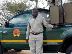 mfafa-safaris-guide-vehicle