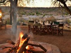 Mjejane River Lodge Boma Dining
