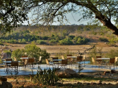 Mjejane River Lodge Outdoor Meal Setting