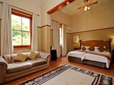 Montagu-Country-Hotel-Luxury-Room-2