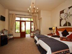 Montagu-Country-Hotel-Luxury-Room-4