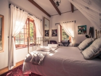 Montpellier Wine Estate Manor House Bedroom 2