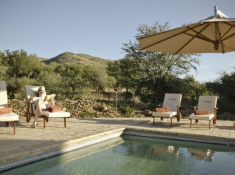 Morokolo Safari Lodge Swimming Pool