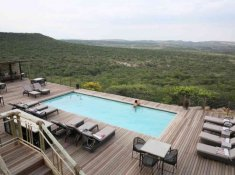 Nambiti-Hills-Pool-Deck
