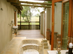 Notten's Bush Camp Bathroom