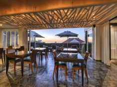 o-on-kloof-dining-tables
