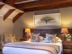 Luxury-Loft-Room-09