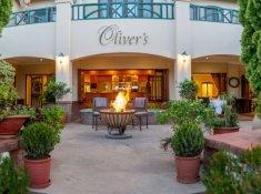 olivers-bar-01