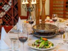 olivers-wine-cellar-raclette-01