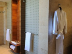 Oubaai Presidential Suite Bathroom