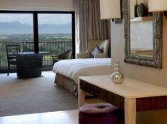 Oubaai Club King Bedroom