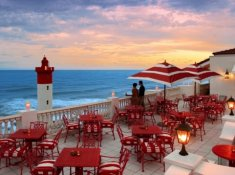 Oyster-Box-Lighthouse-Bar