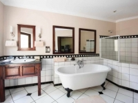 Perrys Bridge Hollow Bathroom