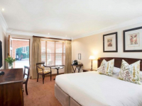 Quatermain Hotel Executive Room
