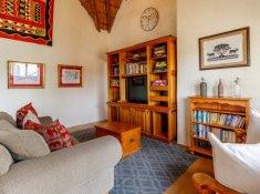 Rissington-Inn-Communal-Lounge-6
