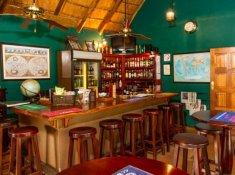 Rissington-Inn-bar-3