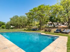 Rissington-Inn-new-pool-7