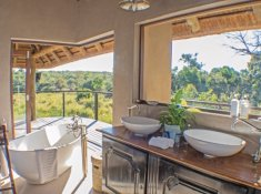 River-Lodge-at-Thornybush-25