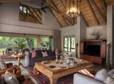 River-Lodge-at-Thornybush-4