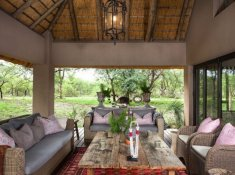 River-Lodge-at-Thornybush-5