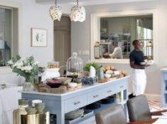 Robertson Small Hotel Breakfast Area