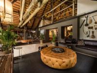 Bush Lodge Safari Lounge