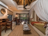 Bush Lodge Luxury Suite Lounge