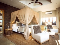 Bush Lodge Luxury Villa Bedroom