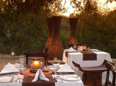 sabi-little-bush-dinner-deck01