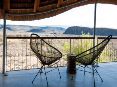 Sanbona-Gondwana-Lodge-Deck-2