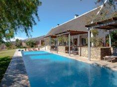 Sanbona-Gondwana-Lodge-Pool