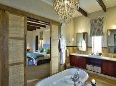 Sanbona-Tilney-Manor-Bathroom