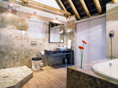 The Sands Bathroom