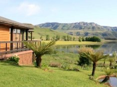 Sani-Valley-Lodge-Bushman-1