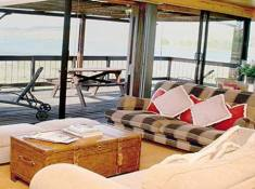 Sani-Valley-Lodge-Bushman-4
