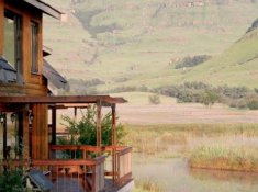 Sani-Valley-Lodge-Lakeside-Lodges-2