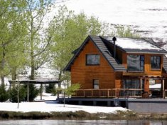 Sani-Valley-Lodge-Lakeside-Lodges-5