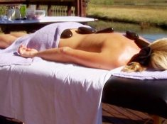 Sani-Valley-Lodge-Spa-Treatment