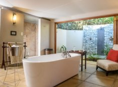 Savanna-Executive-Suite-Bathroom