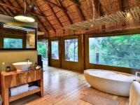 Shamwari Bayhethe Bath Tub