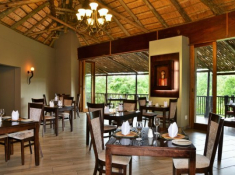 Shishangeni Main Lodge 11