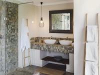 Simbavati River Lodge Shower