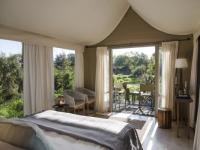 Simbavati River Lodge Tent Interior (2)