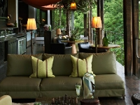 singita-sweni-lounge-area
