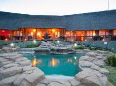 Springbok-Lodge-Exterior-2