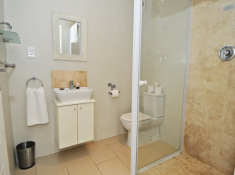 Grosvenor Guest House Bathroom
