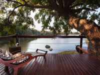 Thornybush Waterside Lodge 4