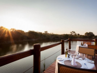 Thornybush Waterside Lodge 5